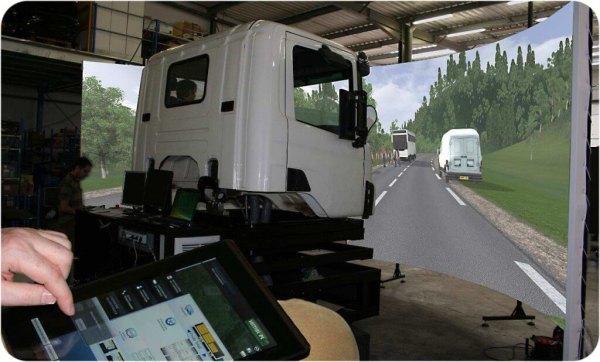 LKW-Fahrsimulator-Berufskraftfahrer-Fahrschule-Kabine-Prignitzer-Leasing-AG