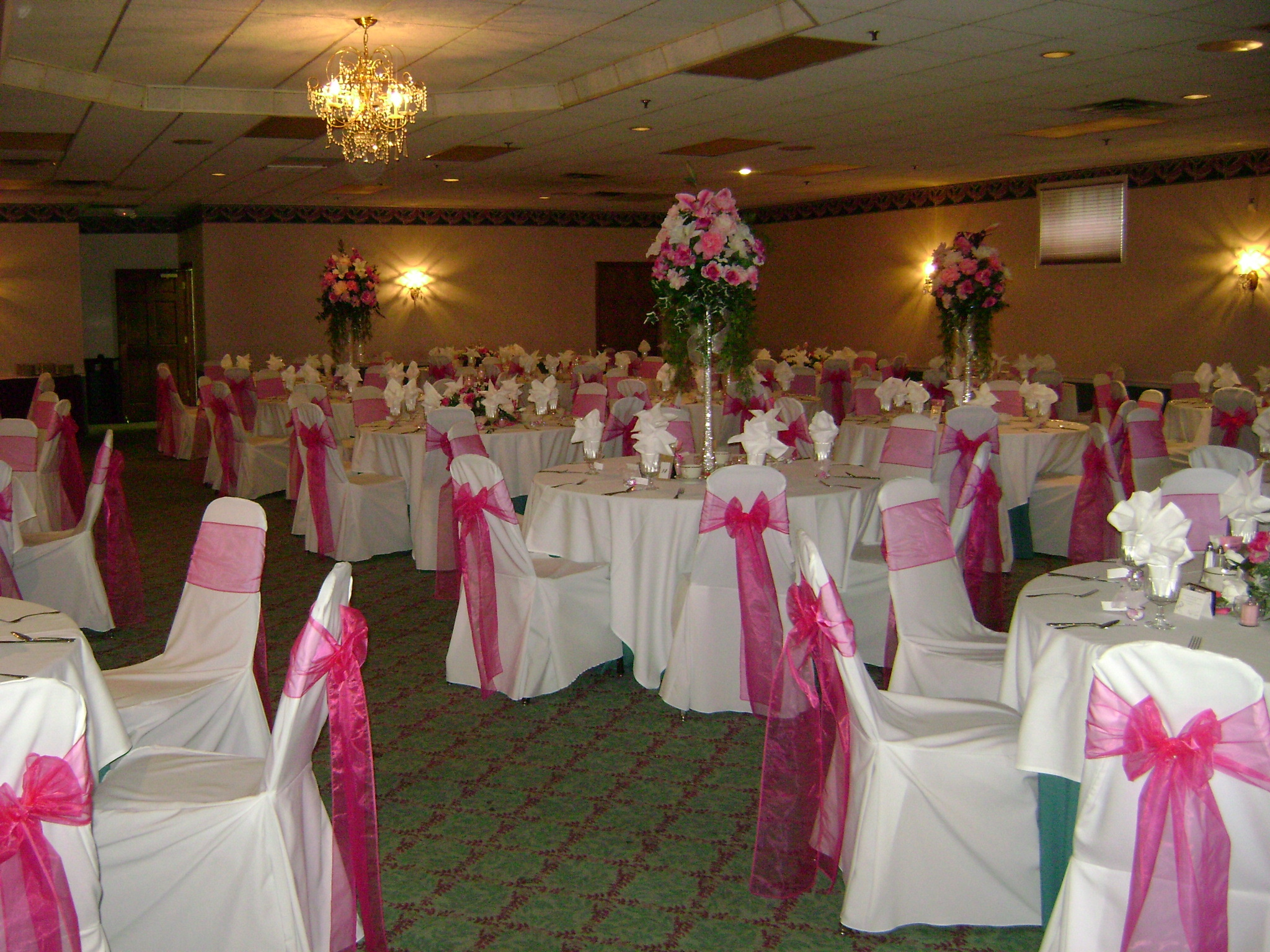 chair cover rentals dearborn mi church chairs of america joy manor westland