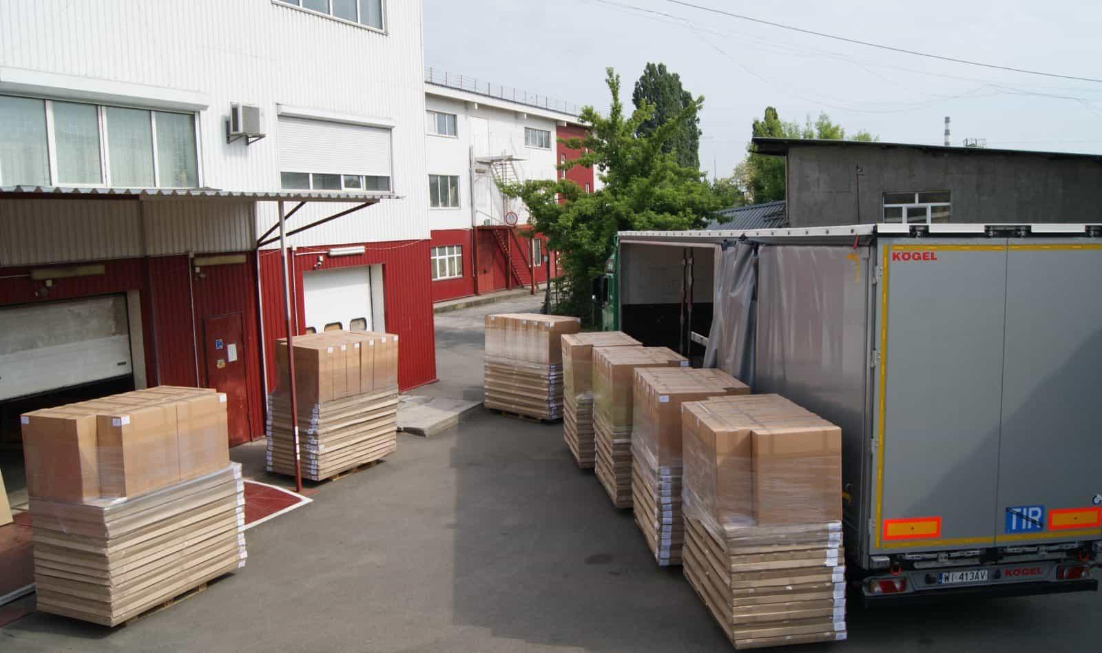 fabryka mebli transportowych