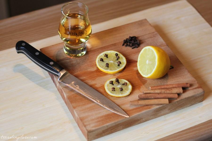 Jak zrobić Hot Whiskey? Przepis na Hot Whiskey