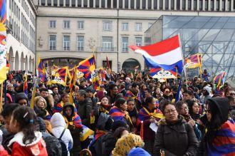 ICTBrussel bewerkt 10 3 2019 menigte in Brussel mars