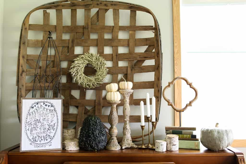 Fall Farmhouse Decor Ideas {Work It Wednesday}
