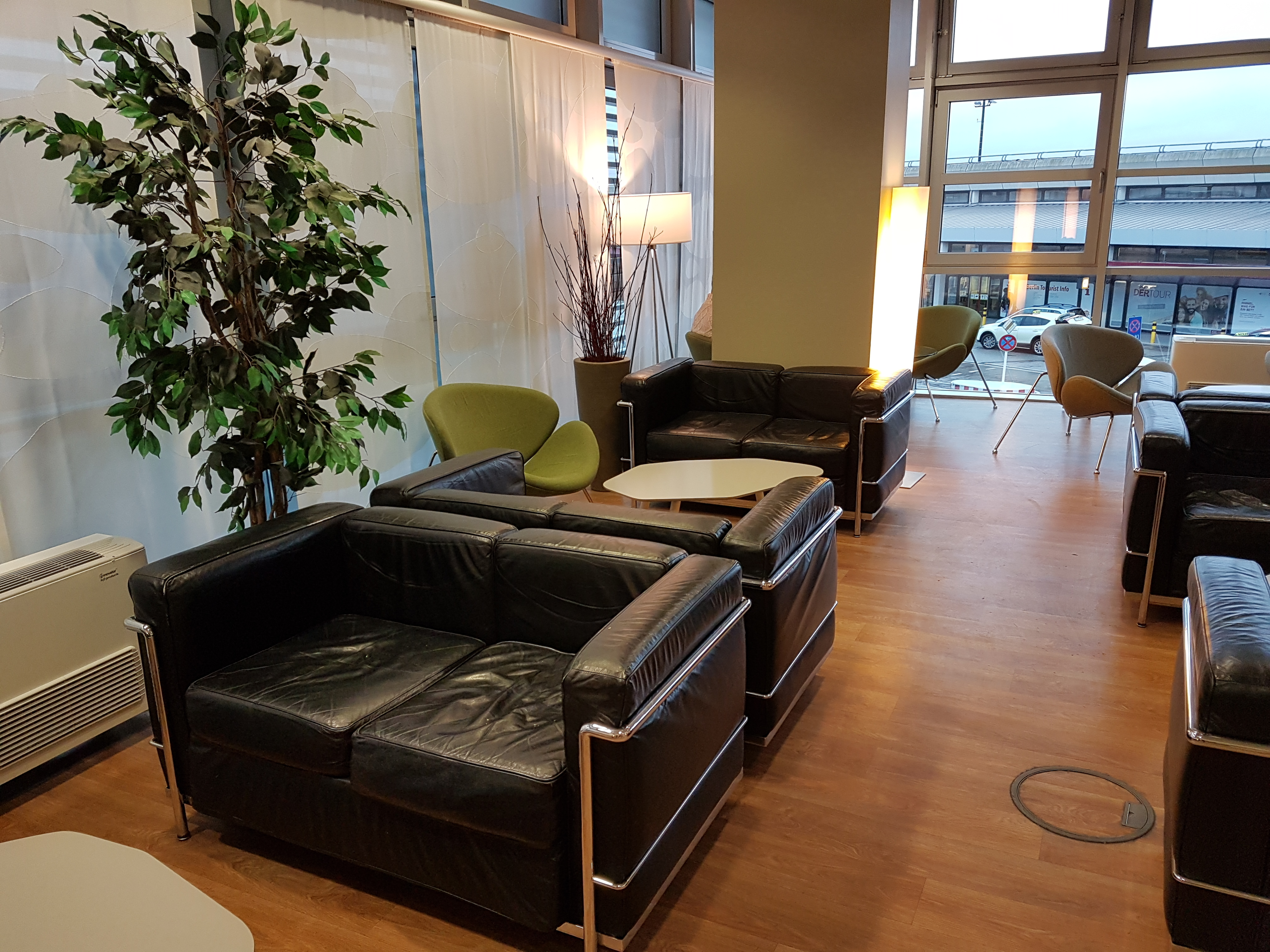 Berlin Airportclub lounge, placescases.com