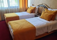 Hotel Diamond in Kazanlak, photo by placescases.com