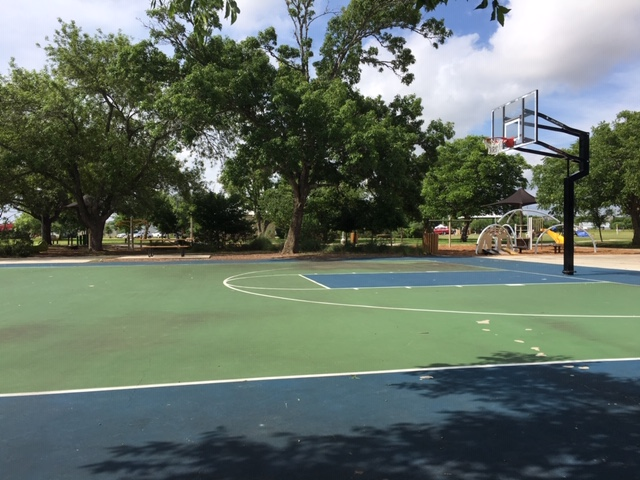 An outdoor basketball court at Bulverde Community Park.