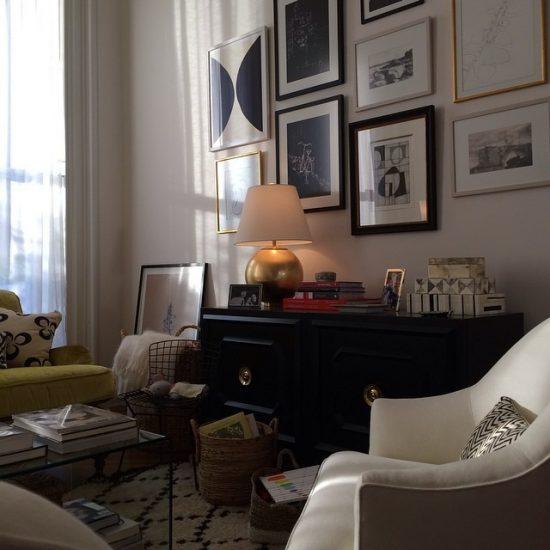 the-intern-living-room