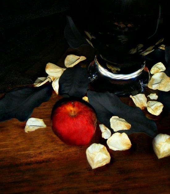 poison-apple-Halloween