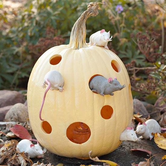 mice-house-pumpkin