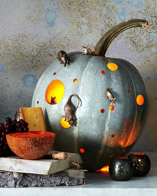 mouse-house-pumpkin-1
