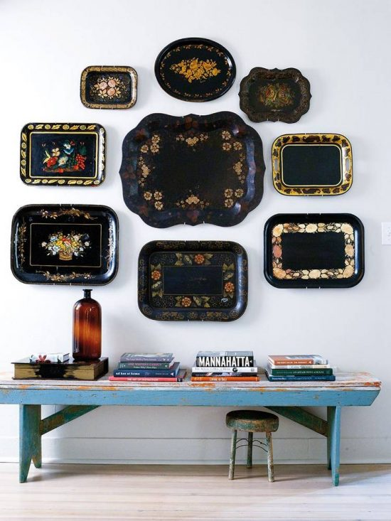 tray-display-on-wall