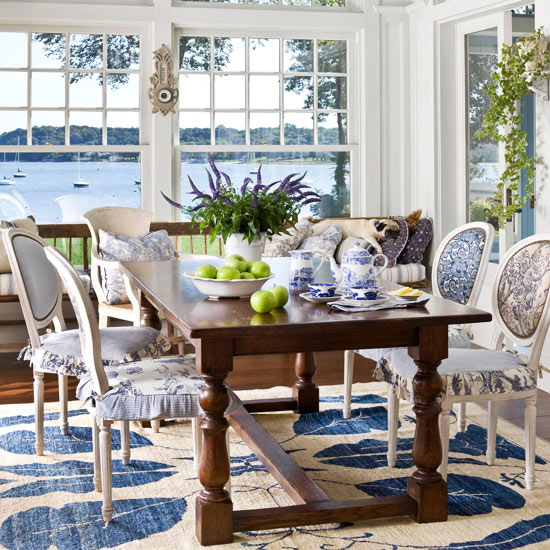 blue-white-sunroom