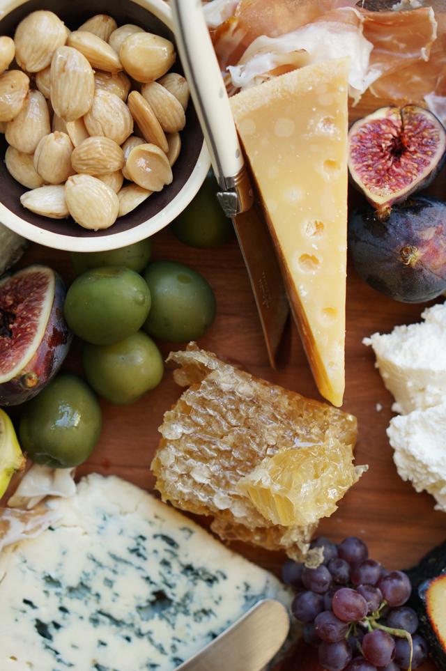 Cheese-and-honey-HonestlyYUM