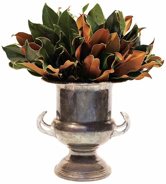 magnolia-leaves-centerpiece