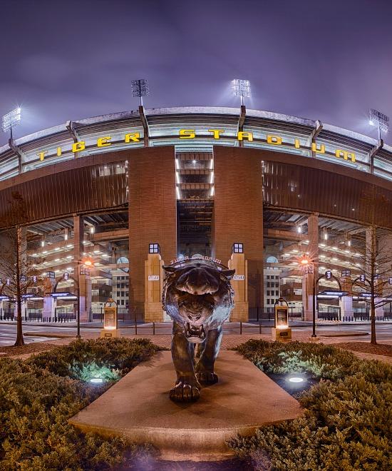LSU_Stadium_night