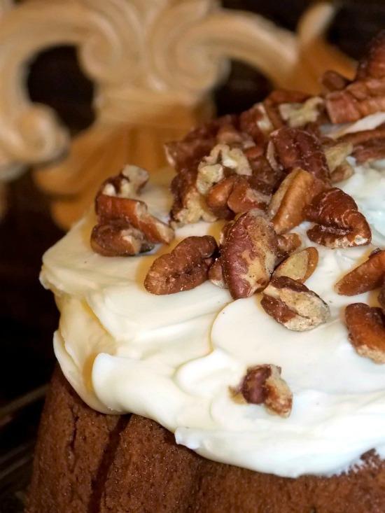 apple-pecan-walnut-cake