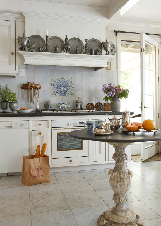 country-French-kitchen-blue-white