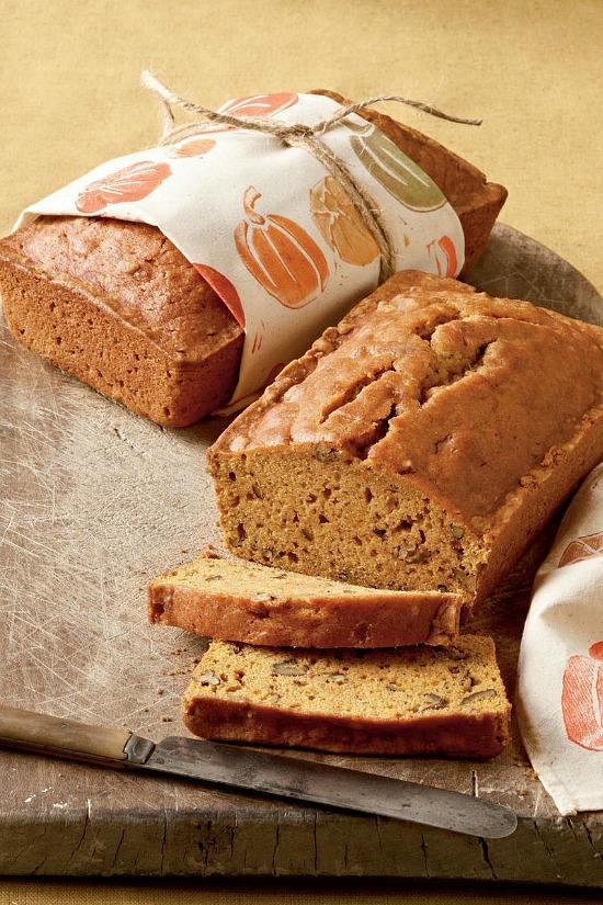 pumpkin-bread-loaves