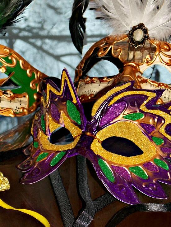 Mardi-Gras-Venetian-Masks