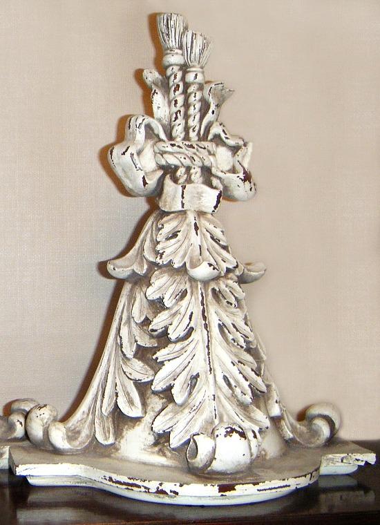 decorative-wall-shelf