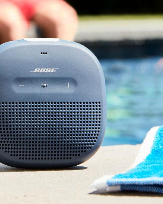 bose-speaker-pool