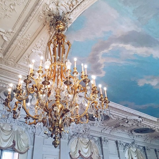 blue-sky-ceiling-chandelier