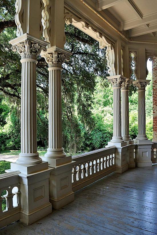 Longwood-Columns-Natchez