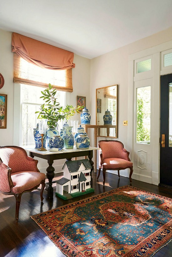 blue-white-porcelain-entry-hall-Southern-Living