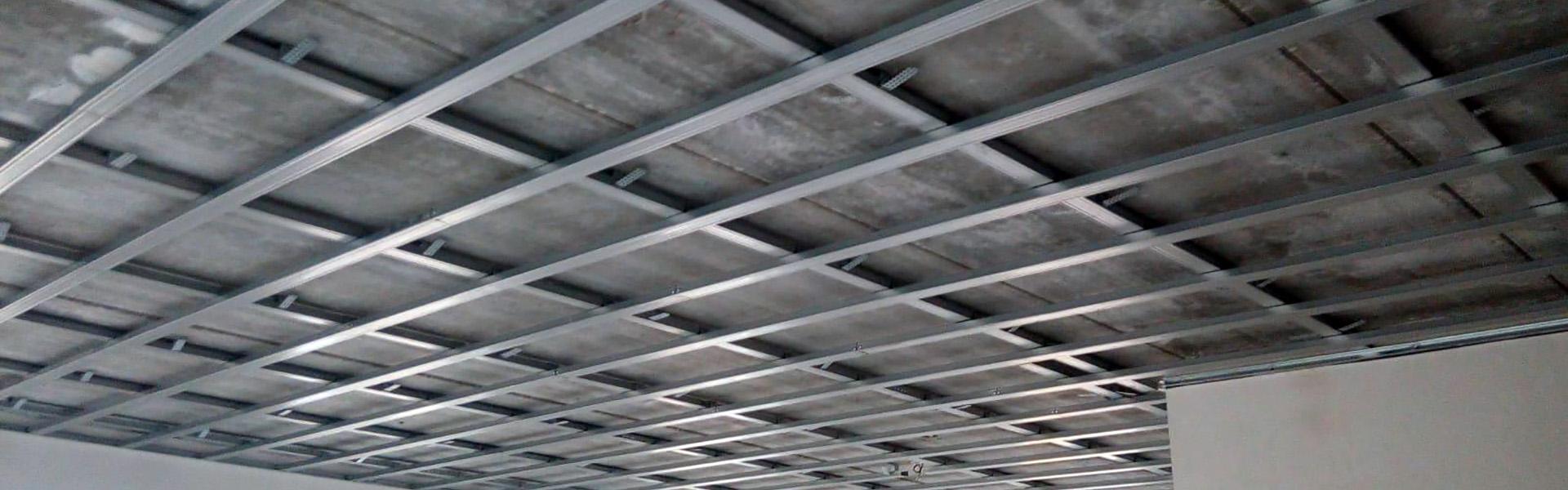 Expert Verlagen Plafonds