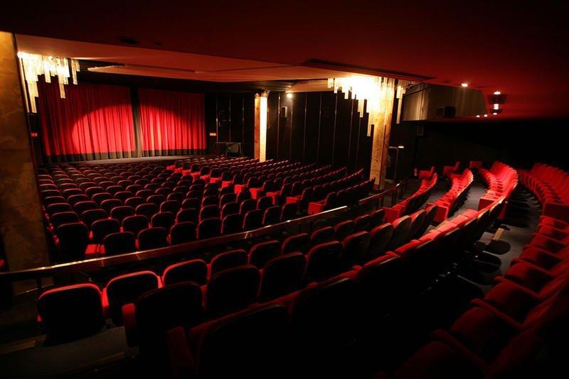 the best independent cinemas of paris plain magazine. Black Bedroom Furniture Sets. Home Design Ideas