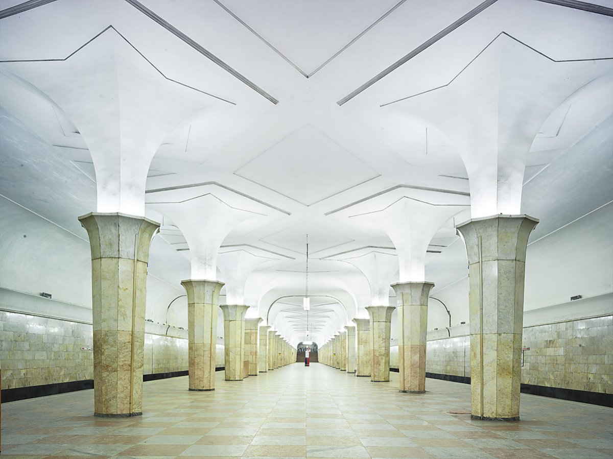 content_plain-magazine-david-burdeny-moscow-subway-05