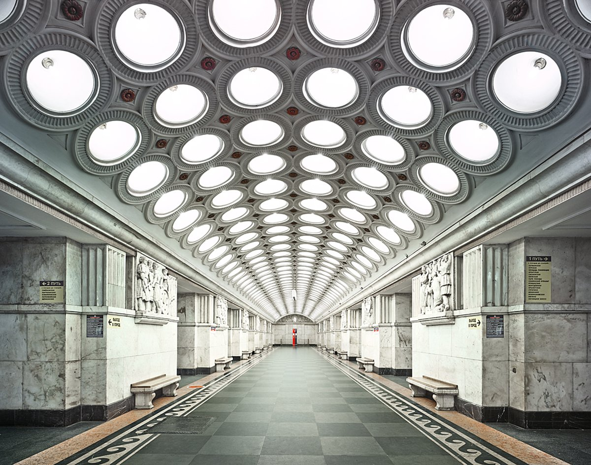 content_plain-magazine-david-burdeny-moscow-subway-07