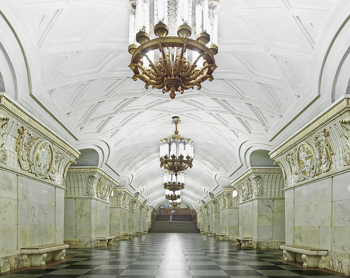 content_plain-magazine-david-burdeny-moscow-subway-08