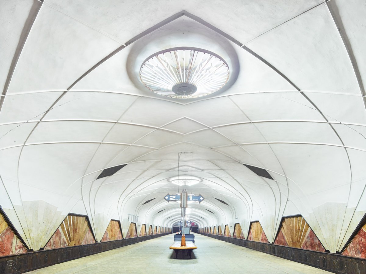 content_plain-magazine-david-burdeny-moscow-subway-11