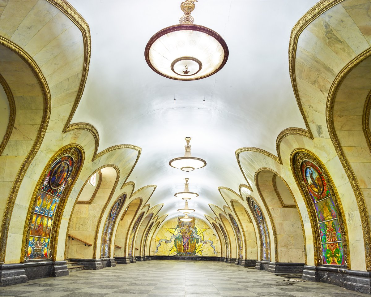 content_plain-magazine-david-burdeny-moscow-subway-15