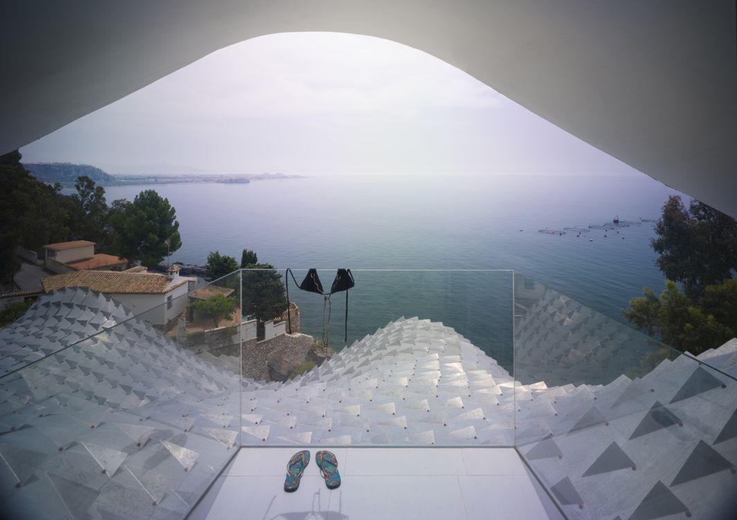 GilBartolome - house on the Cliff 10