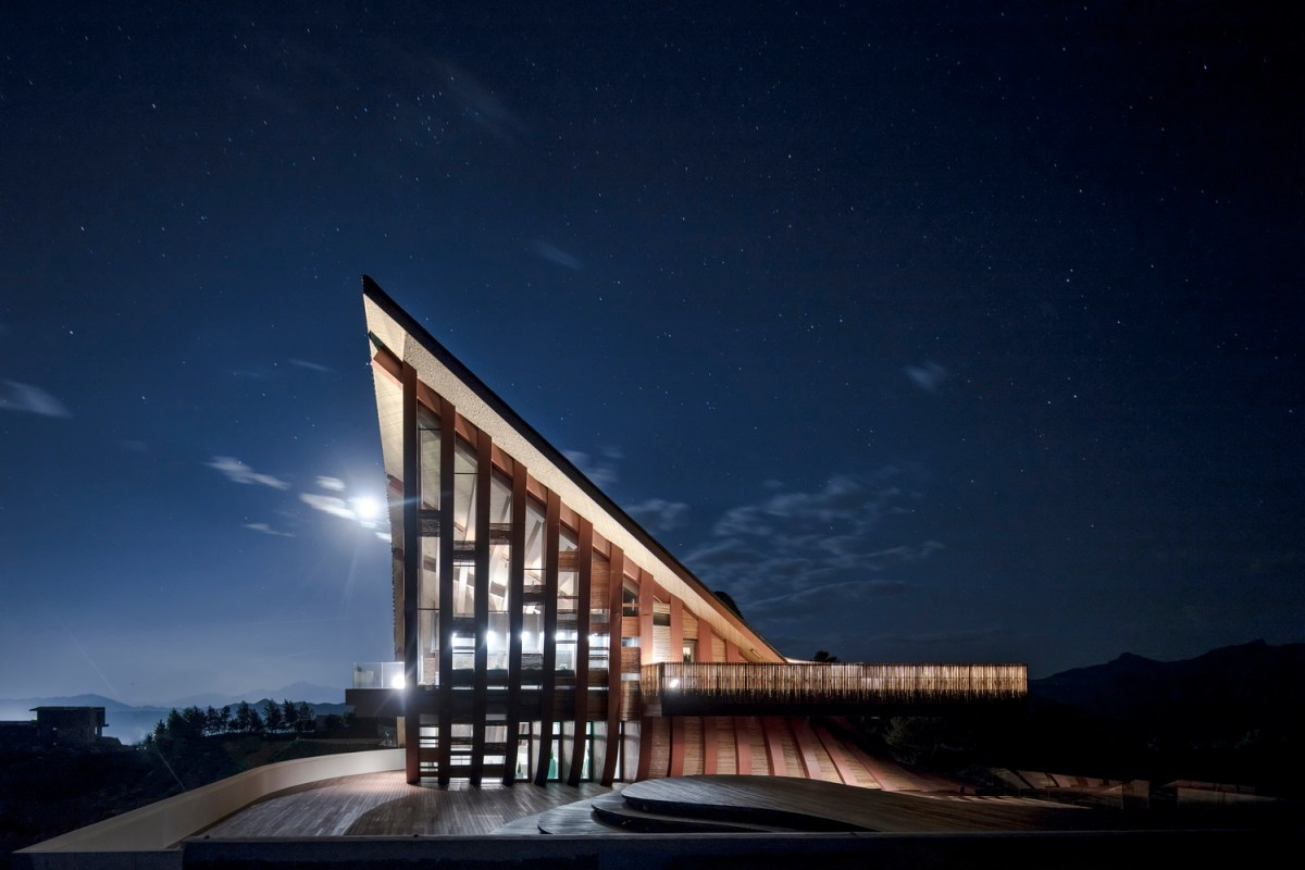 Hilltop Gallery dEEP Architects