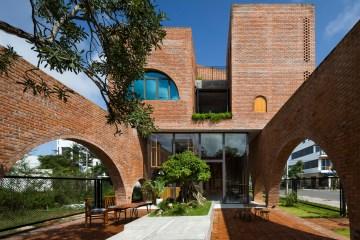 cuckoo house tropical space 17