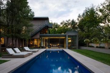 Marion House Surround Architecture