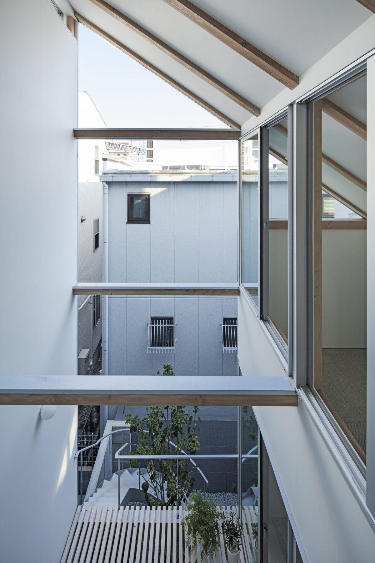 Kobe House Sho Date Shuhei Goto