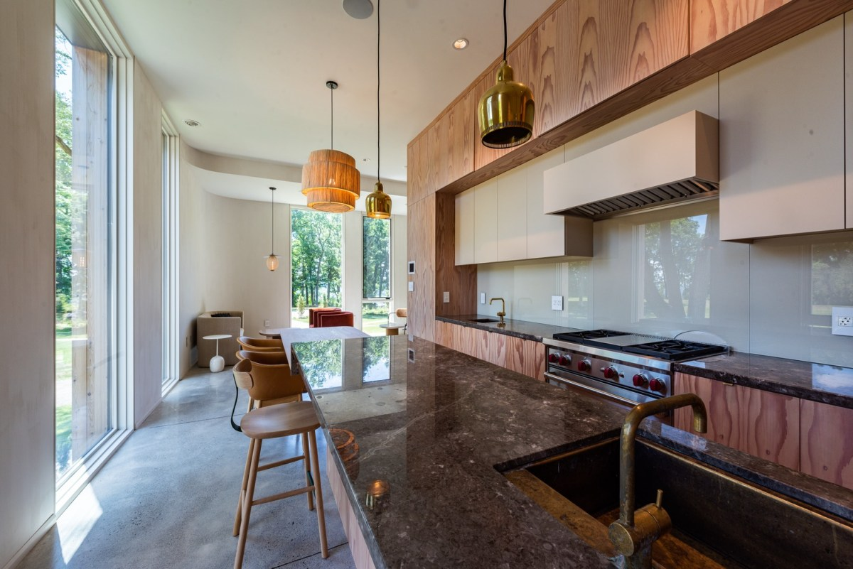 Partisans Architects Fold House
