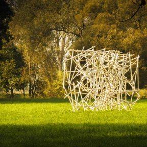 Kunstobjekt im Grünfelder Park (Stadt Waldenburg)