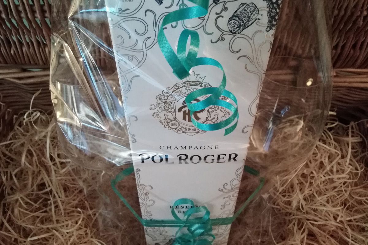 Pol Roger champagne gift set