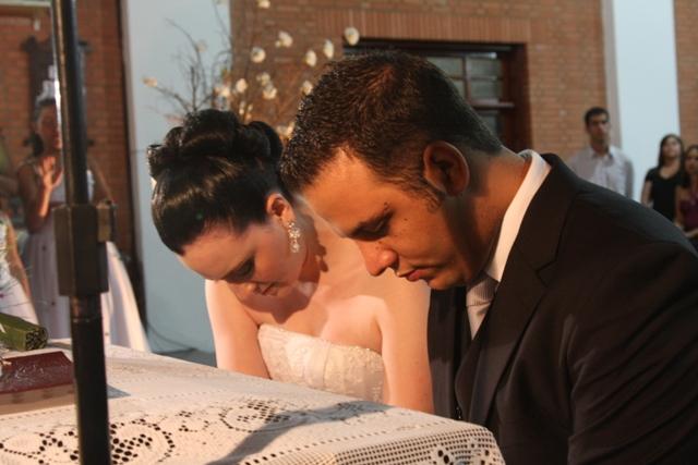 Casamento - cerimônia - benção do pastor aos noivos - Catedral Anglicana de São Paulo - Cintia e Cauê