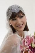 Noiva usando véu estilo bandana