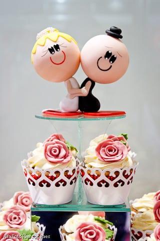 Noivinhos de topo de bolo cabeçudos, da Dolce Splendido