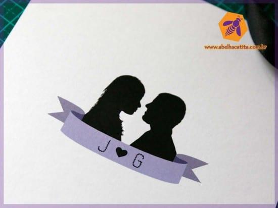 Convite de casamento moderno com silhueta dos noivos. Foto: Abelha Catita.