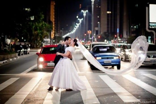 Casamento na Avenida Paulista. Foto: Emerson Fiuza.