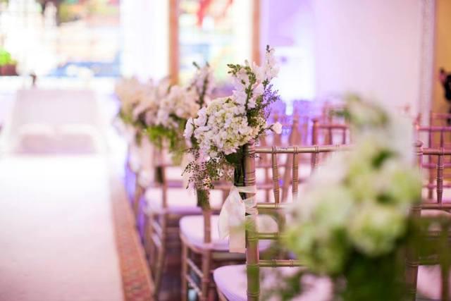 Casamento no Palácio dos Cedros: decoração da cerimônia em verde e branco por R. Romero. Foto: Danilo Siqueira.