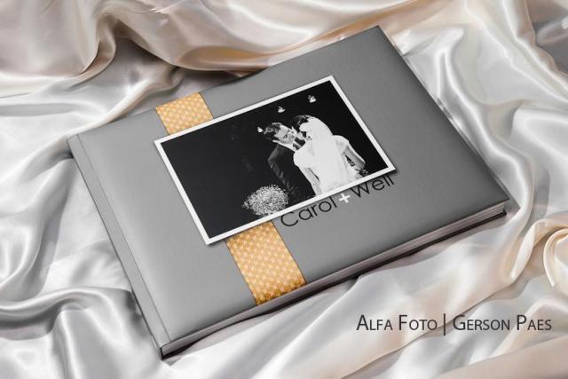 álbum de casamento feito pelo Alfa Foto.