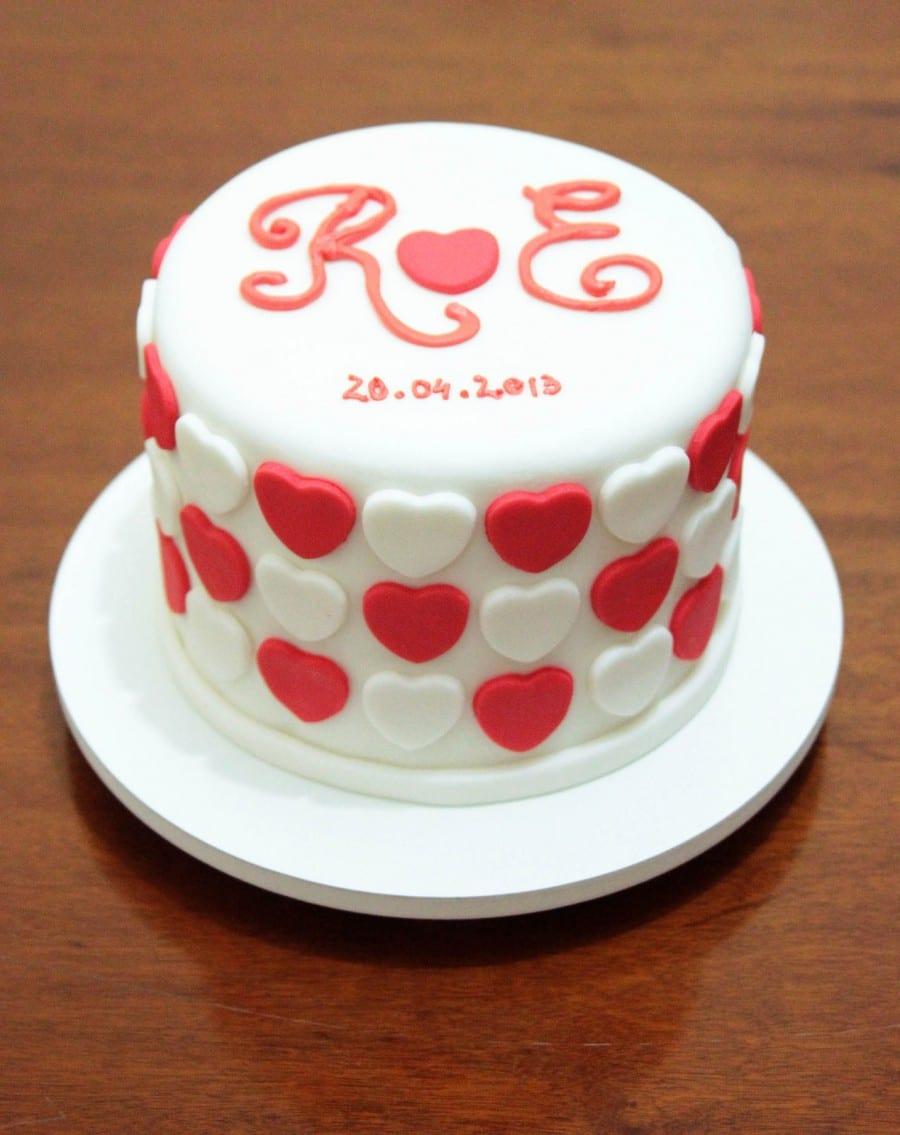 Fornecedor de bolos de casamento, cupcakes e outros docinhos: Nena Chocolates